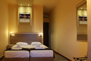 standard studio philoxenia hotel double bed